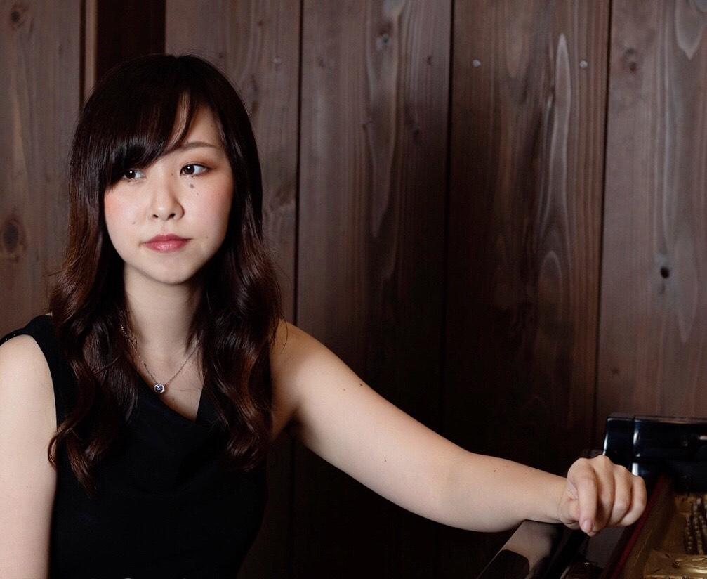 井上千裕(ピアノ) Inoue Chihiro(Piano)