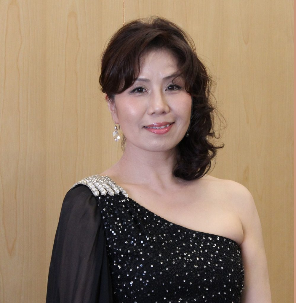 藤井美雪(アルト) Fujii Miyuki(Alto)